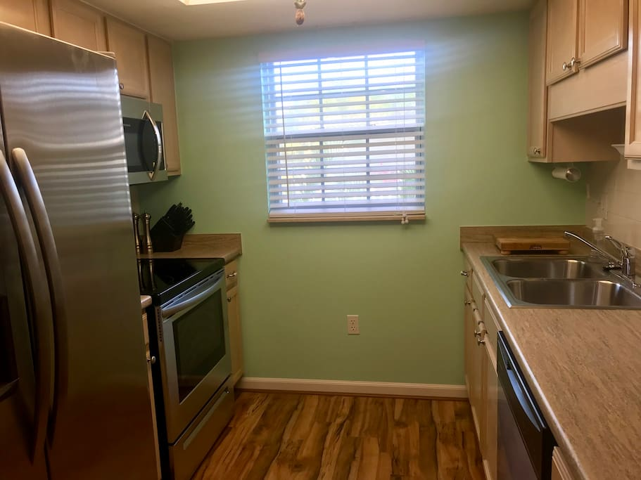 *Not actual unit* This is a sample picture of the kitchen from the unit next door that has finished renovations! Actual unit for this listing will be extremely similar just flipped!