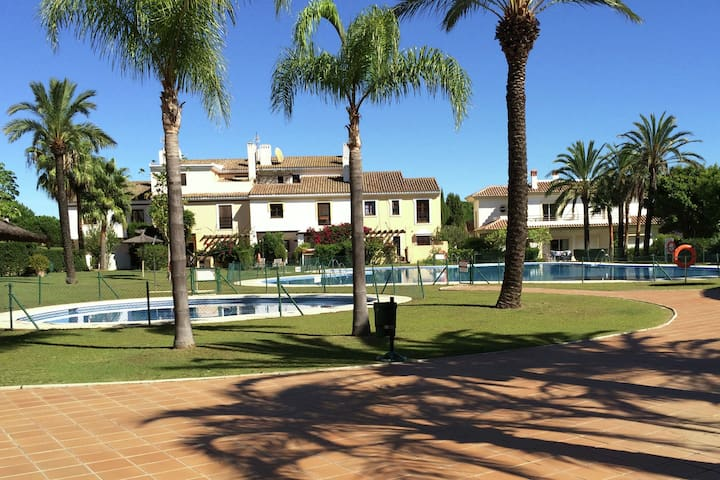 Comfortable apartment at San Roque Golf Club, close to the coast and Gibraltar