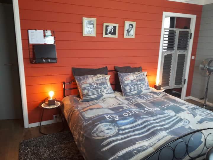 Sfeervolle 'Cuba' kamer en jacuzzi in Diest
