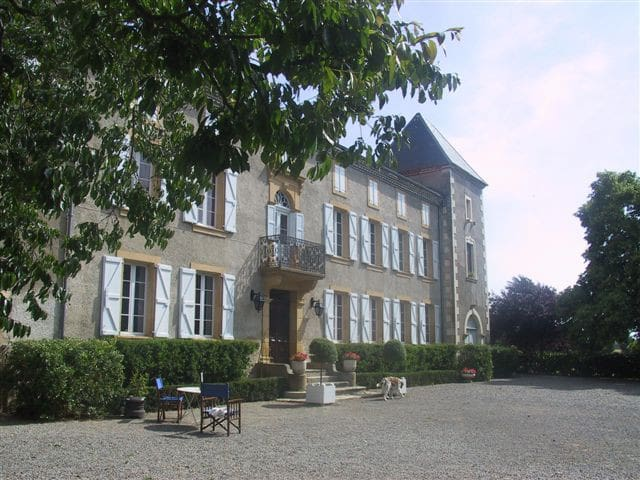 Chateau de Loustaou, au coeur du Comminges - Terrebasse - Castle