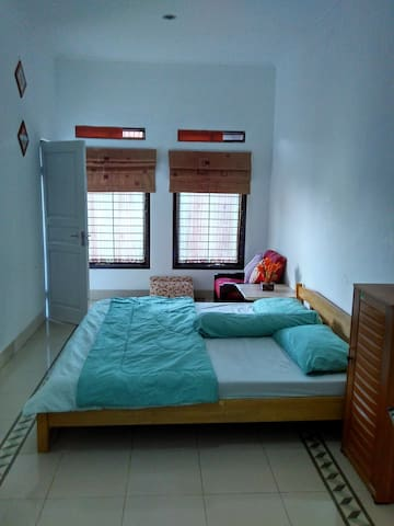 A Clean&Cozy Room @Cimahi - North Cimahi - House
