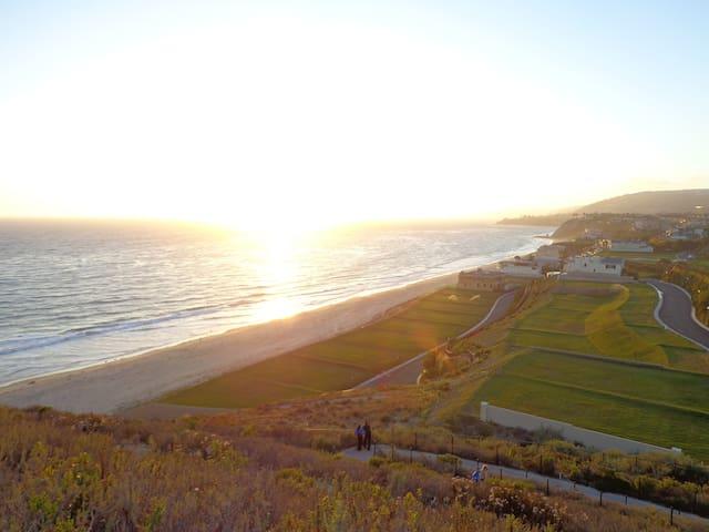 Casa Blanca- UnitBeautiful Ocean view Condo in DP!