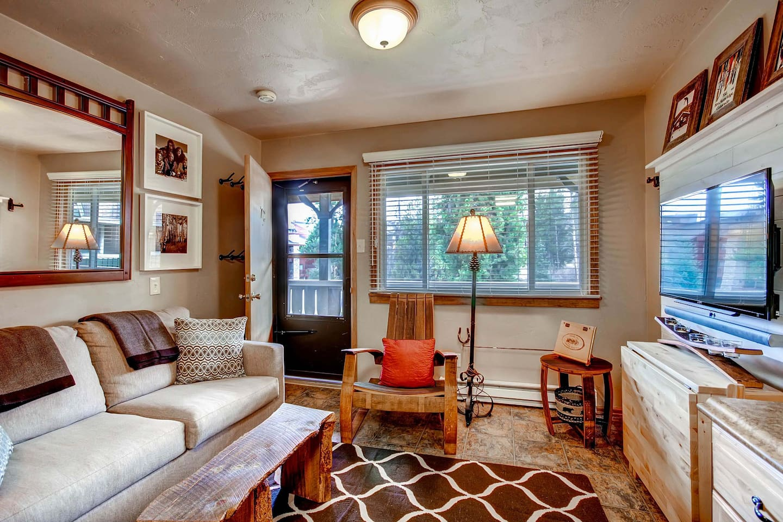 Living Area(Unit Size 300 Sq.Ft)