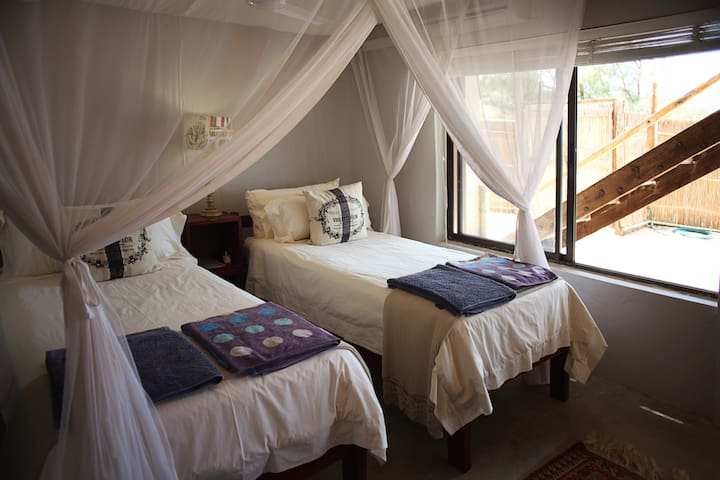 Room 3 (all rooms can be furnished with a king or 2 single beds)