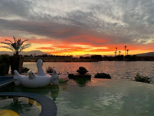 Paradise on the Lake / Terra Lago / Infinity Pool