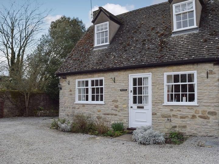 Manor Barn Cottage (UK11063)