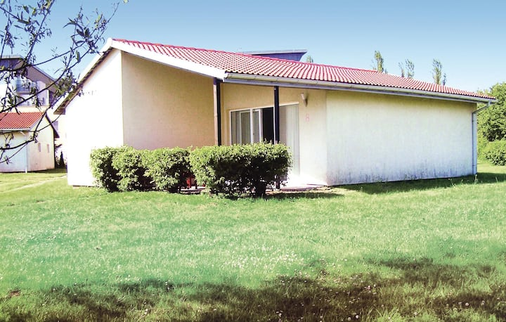 Holiday cottage with 3 bedrooms on 57m² in Sarbinowo