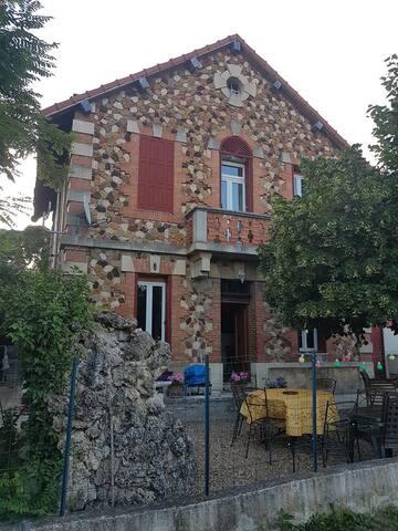 Maison 1900