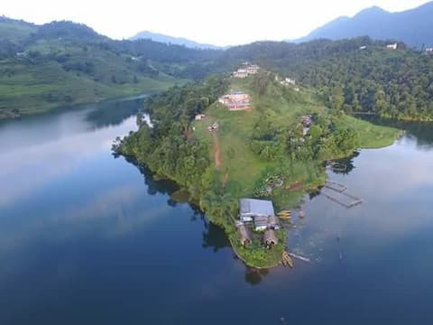 Begnas lake front guest house and rental home