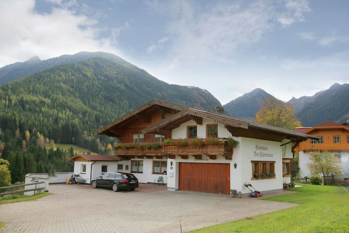Comfortable Apartment with Sauna in Schladming