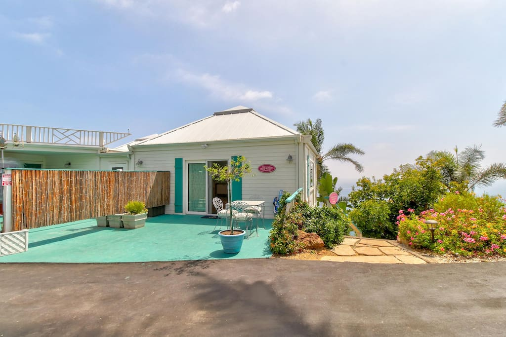 Bluffside malibu paradise w spectacular ocean views for Malibu house for rent
