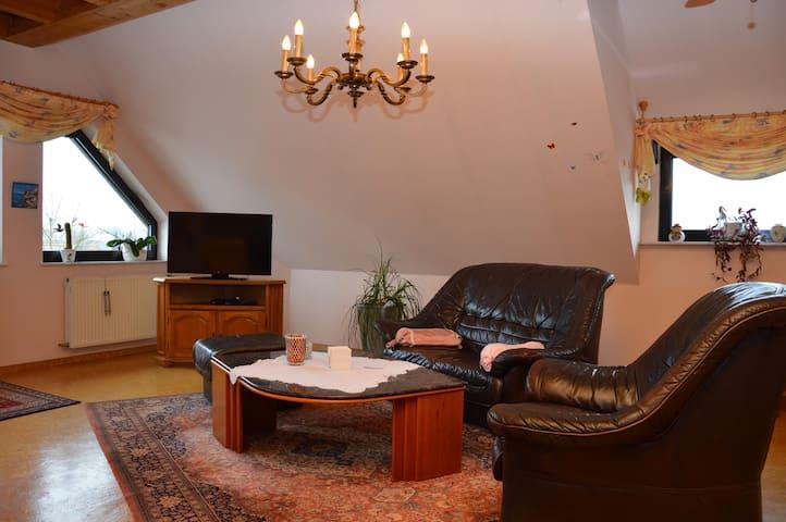 Gemütliche Ferienwohnung Beckingen - Beckingen - Apartamento