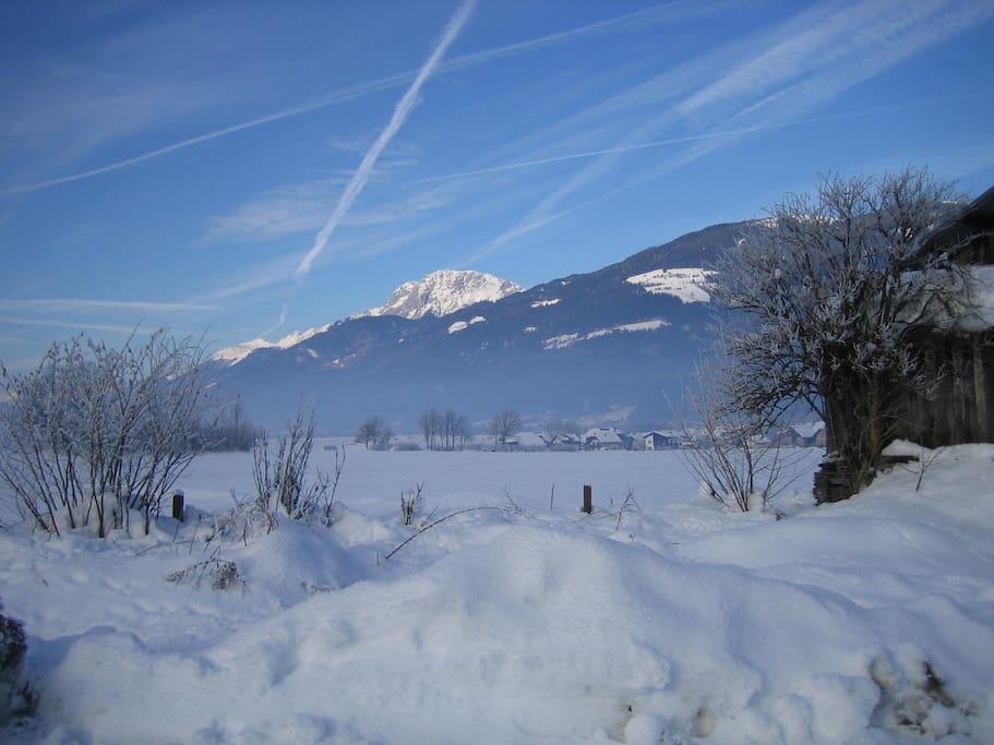 Blick auf winterlichen Reißkofel