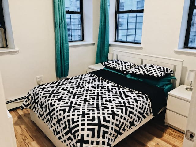 Comfortable apartment in the heart of Brooklyn.