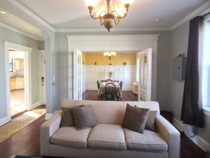 Luxury 4BR, mins to NYC, private entry, parking