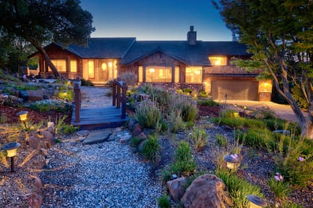 Luxury 4k Ft Home Fits 18 Center of Napa/Sonoma/SF