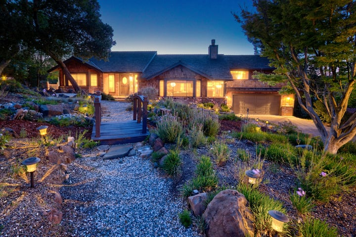 Luxury 4k Ft Home Fits 16 Center of Napa/Sonoma/SF