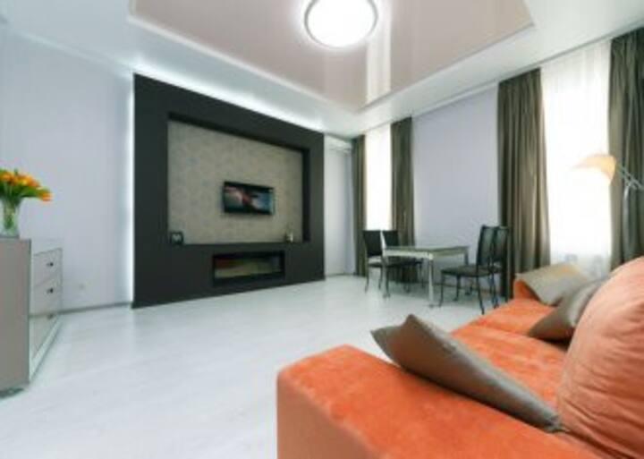 Комфортные апартаменты в центре Б.Хмельницкого 31