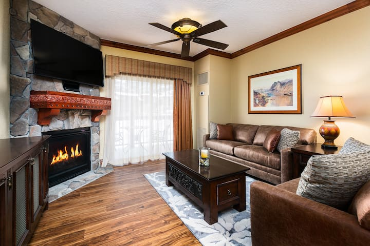White Pines 1-BD Grand Located at Westgate