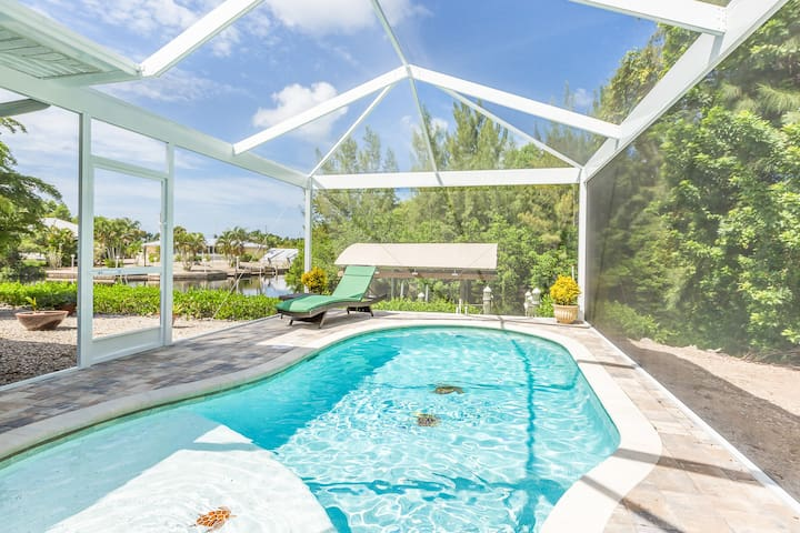 3BR w/ Private Pool, Dock & Lanai