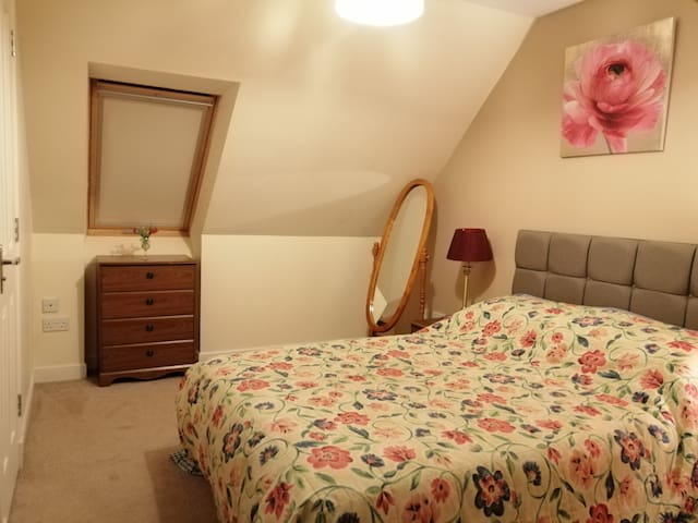 THE NEST Dog friendly, self catering sleeps 3