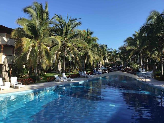 """Meet and enjoy """"Vila Sol"""" in Acapulco Diamante"""