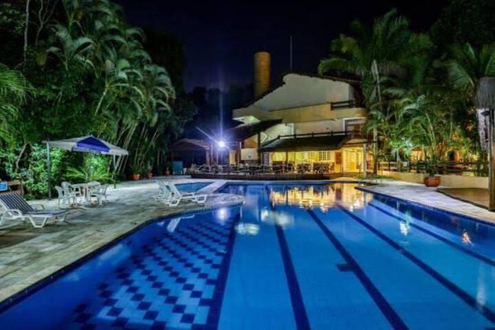 Quarto no Hotel Amarilis - Riviera de São Lourenço
