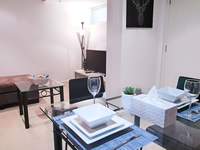 Beautiful Apartment Connect to all of Adelaide CBD
