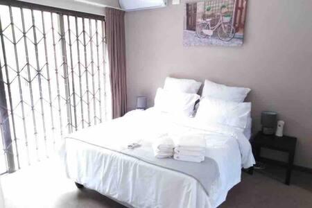 Akelo Apartment