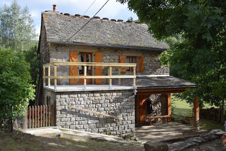 Maison entre Cévennes et Margeride - Allenc - Huis
