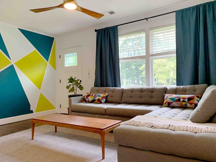 Live like a Local in Vibrant Park Circle