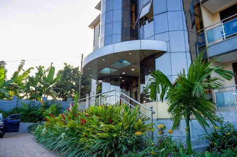 lovely 1bedroom serviced apartment on Entebbe road