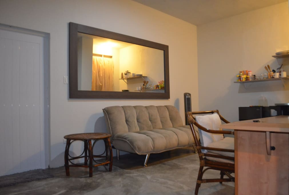 Second room , with mini kitchen, air conditioner, desk , perfect  to 4 people, with futon convertible  on full bed !!