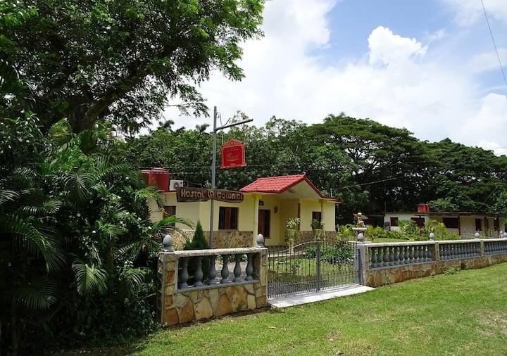 Hostal La Colonial + WIFI,  Candelaria, Cuba (R2)