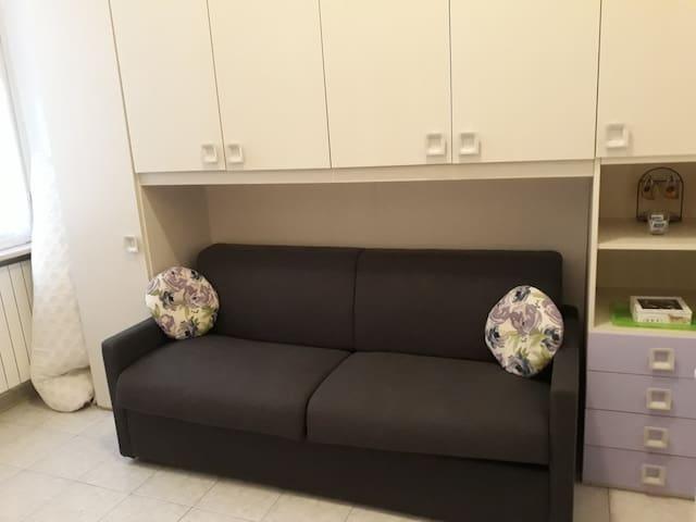 New!!! Nuovissimo supercomodo divano letto