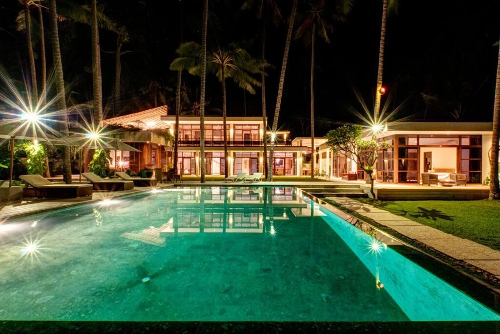Night-View-Villa-Gita-Segara-Bali