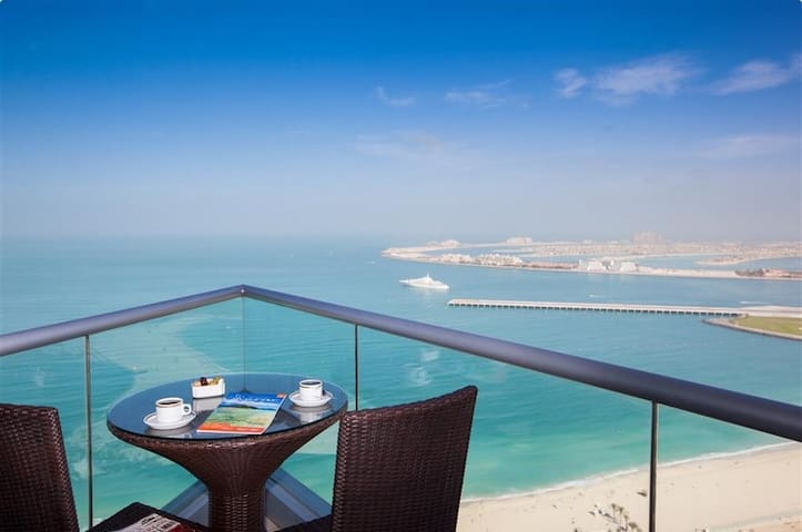 Full sea view room and penthouse duplex flat