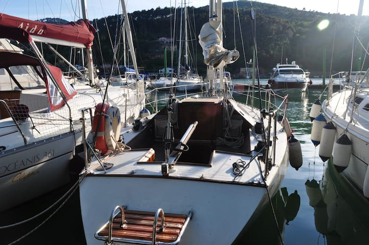 Barca a vela 10 metri - dormire in barca