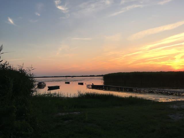 Bungalow/Ferienwohnung am See in ruhiger Lage