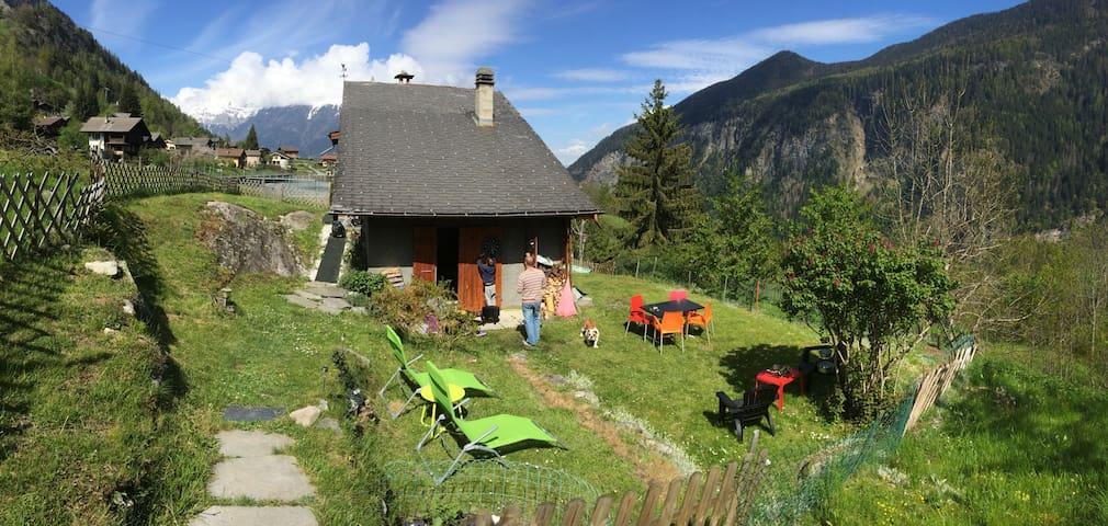 Joli chalet individuel - Les Marécottes  - Alpstuga