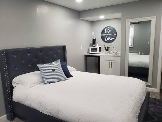 Modern Brand new Motel Room #3