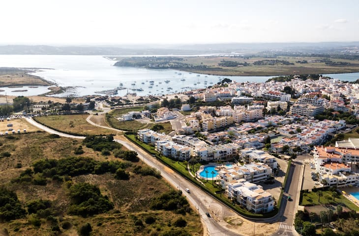 Alvor Luxury Private Sea View Apt.