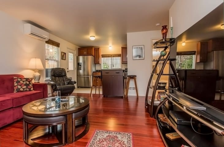 Woodinville Wine Country Retreat - Woodinville - Casa