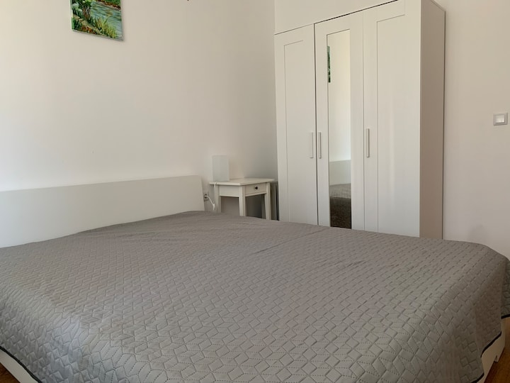 Comfy flat for 4 guests close to the beach.