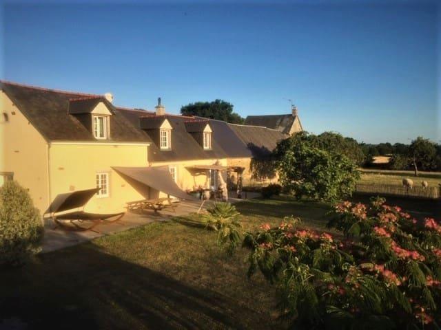 Charmante Longère en baie du Mont Saint Michel