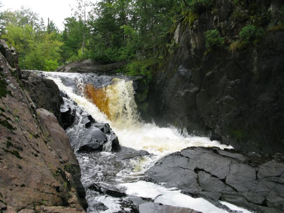Great Spring waterfall viewing. When the snow starts to melt the rushing water through the area is marvelous. Spring thaw.