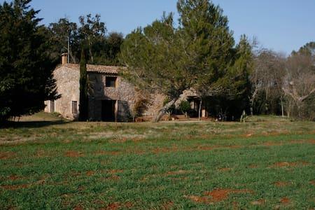 Masía Can Turró con piscina en Alt Empordà! - Espinavessa - Rumah