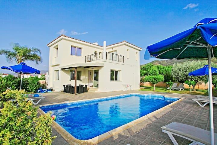 Villa Seashore Dio - Argaka - บ้าน