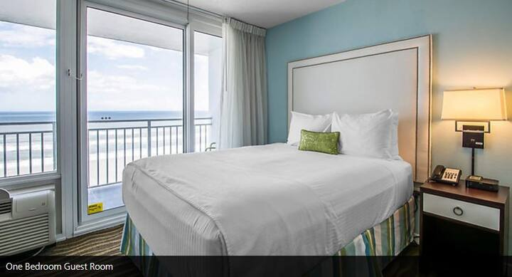 Daytona 500 - 1BR Oceanview Suite - Sleeps 4