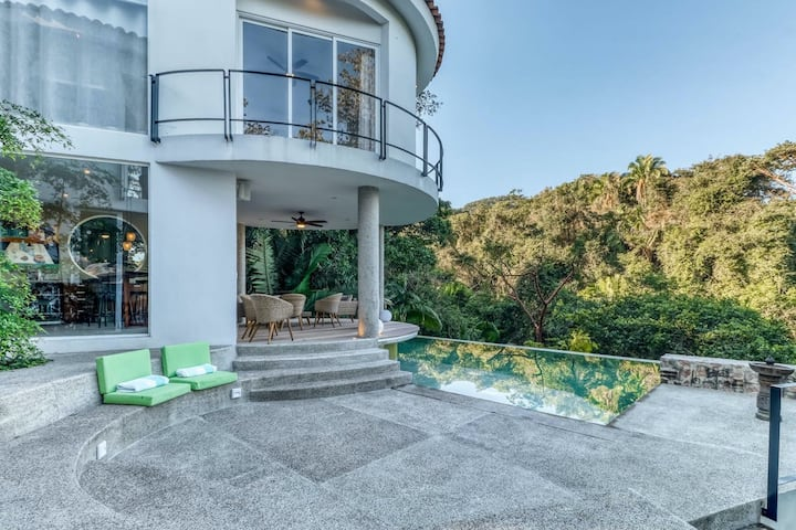 Modern Home with Private Pool, Jungle & Partial Ocean View, WiFi, and Partial AC